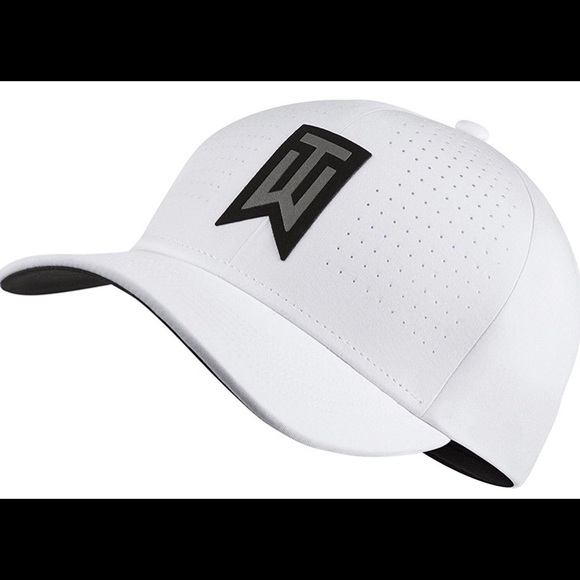 TW Classic 99 Statement Fitted Golf Hat 71ba95402708